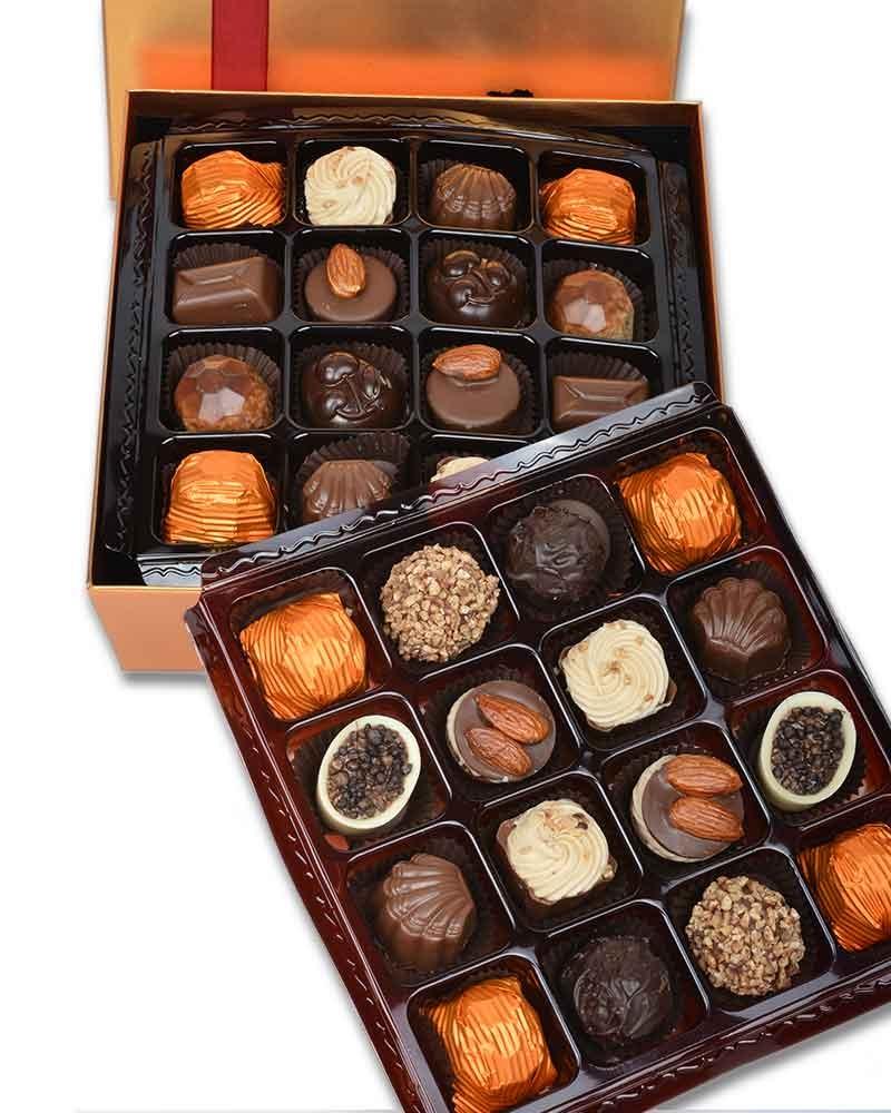 Altın 32'li Çikolata Kutusu  1