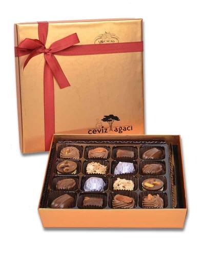 Altın 16'lı Bayram Çikolatası 1