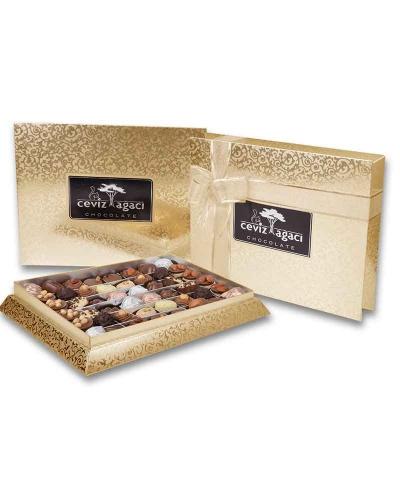 Altın Konik Çikolata Kutusu 1