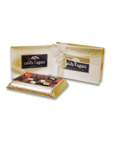 Altın Konik Küçük Çikolata Kutusu 1