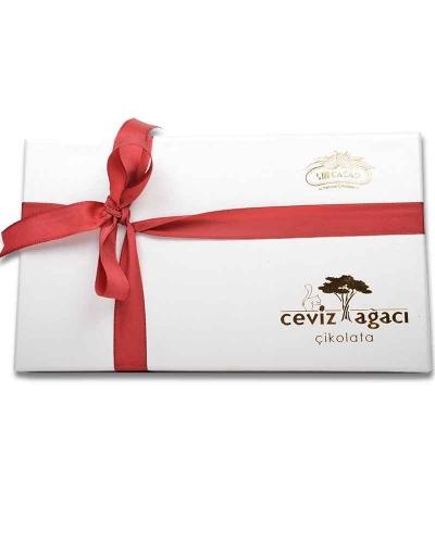İki Katlı Beyaz Çikolata Kutusu 2