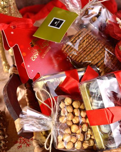 Çikolatalı Yılbaşı Sepeti 2