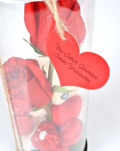 Güllü Cam Fanus Sevgililer Günü Çikolatası 4