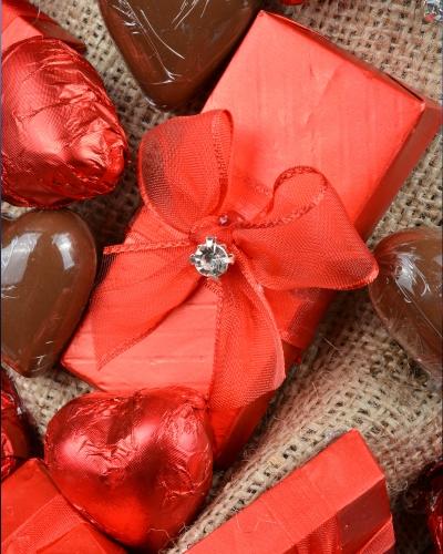 Hediyeli Sevgiliye Çikolata Kutusu 2