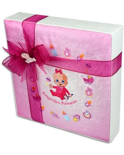 Kadife Kutu Kız Bebek Çikolatası 3