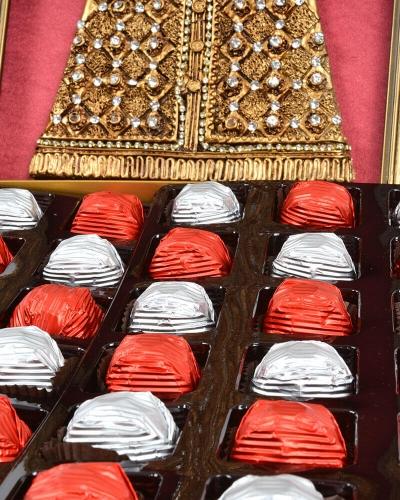 Kaftan 48'li Bordo Çikolata Kutusu 2