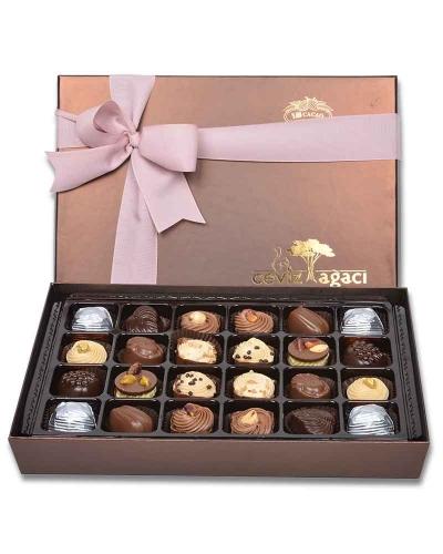 Kahverengi 24'lü Çikolata Kutusu 1