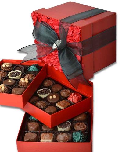Kırmızı Gül Kapaklı Çikolata Kutusu 4