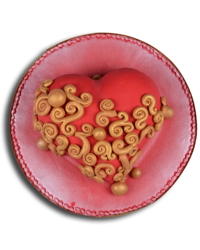 Kırmızı Kalp Doğum Günü Pastası 3