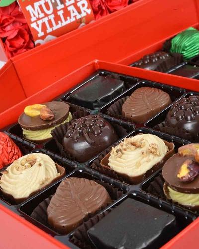 Kırmızı Kapaklı Yılbaşı Çikolatası 2