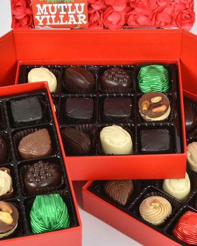 Kırmızı Kapaklı Yılbaşı Çikolatası 3