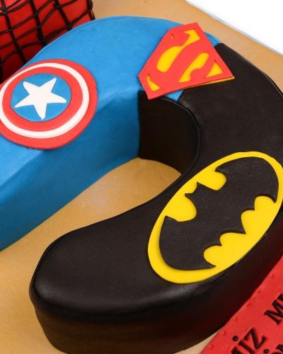 Süper Kahramanlar Doğum Günü Pastası 4