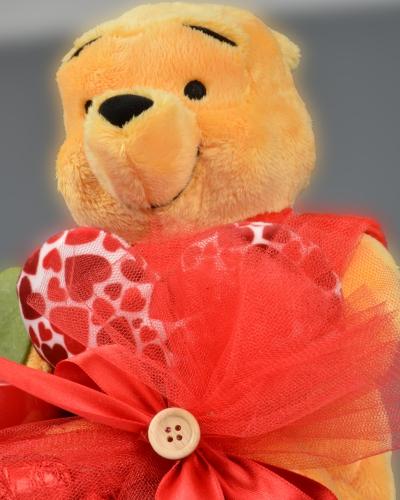Winnie The Pooh Sevgililer Günü Çikolata Sepeti 3
