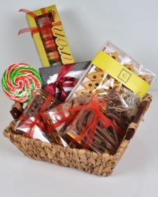 Çikolatalı Yılbaşı Sepeti  0
