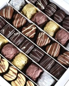 Happy Holidays Büyük Yılbaşı Çikolatası  1