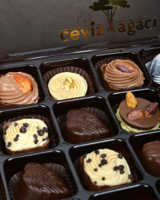 Kahverengi 24'lü Bayram Çikolatası  3