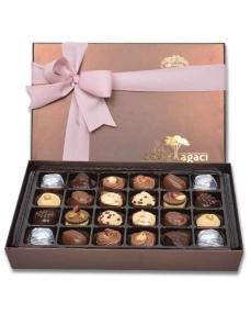 Kahverengi 24'lü Çikolata Kutusu  0