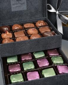 King Special Küçük Siyah Çikolata Kutusu  3