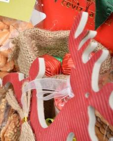 Kırmızı Yılbaşı Sepeti  2