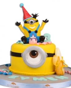 Minnion Karnaval Doğum Günü Pastası