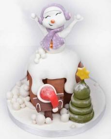 Sevimli Sürpriz Yılbaşı Pastası  3