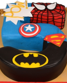 Süper Kahramanlar Doğum Günü Pastası  1