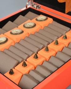 Turuncu Ahşap Special Hediyelik Çikolata  2