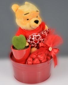 Winnie The Pooh Sevgililer Günü Çikolata Sepeti  0