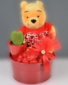 Winnie The Pooh Sevgililer Günü Çikolata Sepeti  1